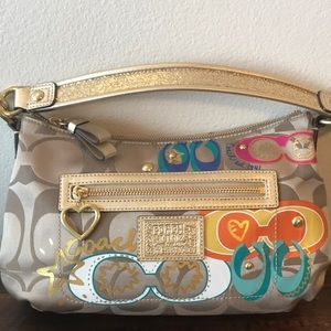 COACH NEW WITHOUT TAGS AUTHENTIC